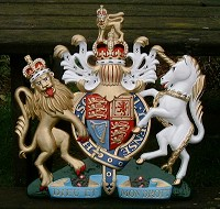 18in royal standard. GRP British royal coat of arms 18in/46cm high, hand painted (standard).