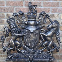 30in royal cold-cast bronze. GRP British royal coat of arms 30in/76cm high cold-cast resin/bronze finish.
