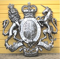 5ft royal chrome effect. GRP British royal coat of arms, style 2, 60in/152cm, chrome effect.